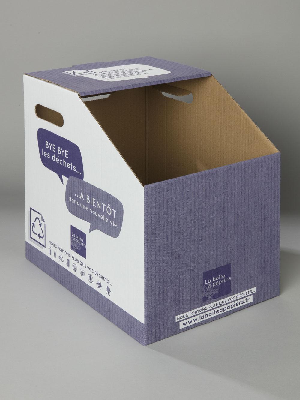 carton-recyclage-gobelets-plastiques-petit-format